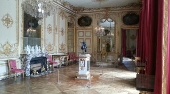 image of Versailles interior