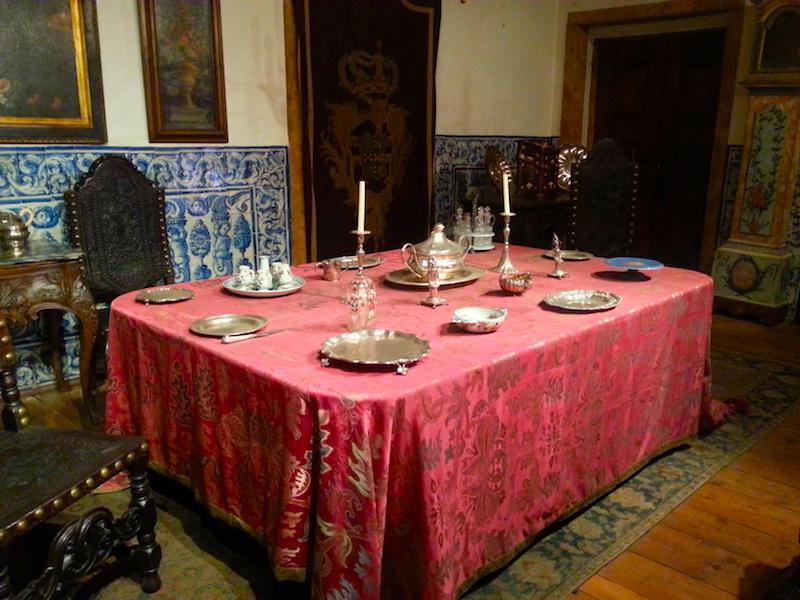 17C dining room.