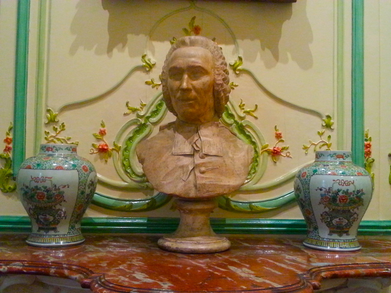 A bust in the 'Green Salon.'