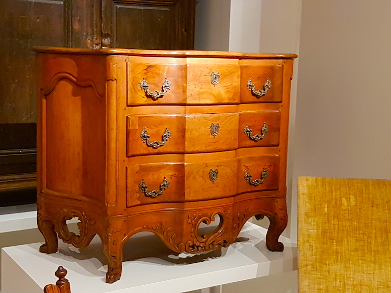 A commode from New France/Québec in the ROM.
