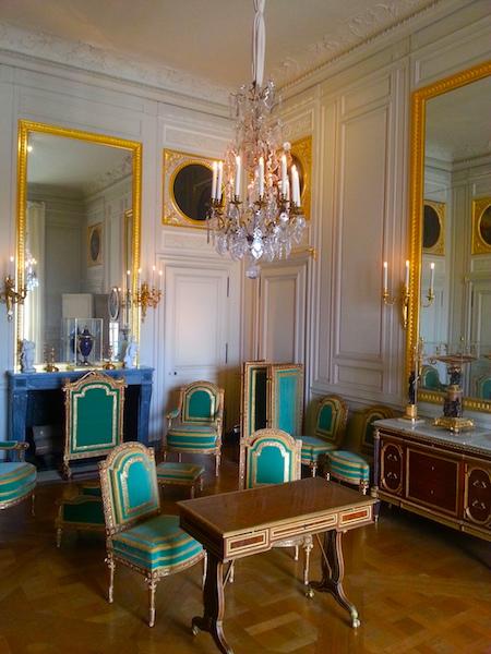 Mme Adélaïde's inner sitting room.