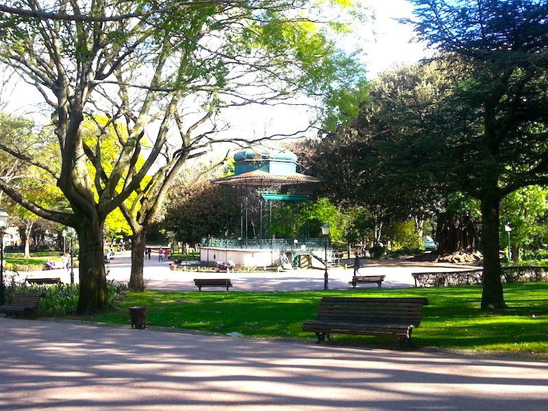 A pavilion in the Jardim da Estrela.