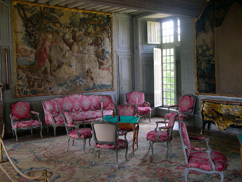 The salon of the Châteaud de Talcy in the French countryside.  Credit: By Patrick Giraud, uploader was Calips at fr.wikipedia.