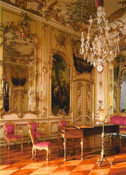 The music room at Sans Souci. Credit: WikiCommons.